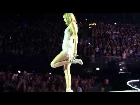 Taylor Swift  - Style - 1989 World Tour