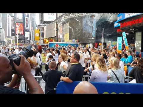 Видео, Утро на Time Square. NewYork. NYC. USA. Флешмоб в Америке