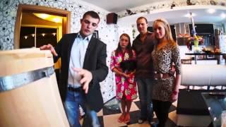 Установка кедровой бочки Роскедр в квартире  Процедура в кедровой бочке