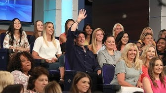 Superfan Brad Pitt Distracts Ellen While Sitting in the Audience