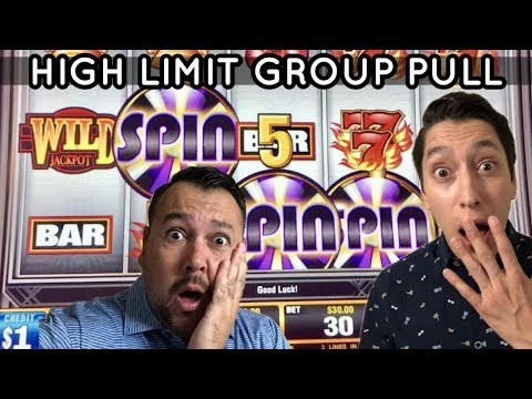 $30 SPINS on Quick Hit Platinum Plus - CRAZY High Limit Group Pull with Friends