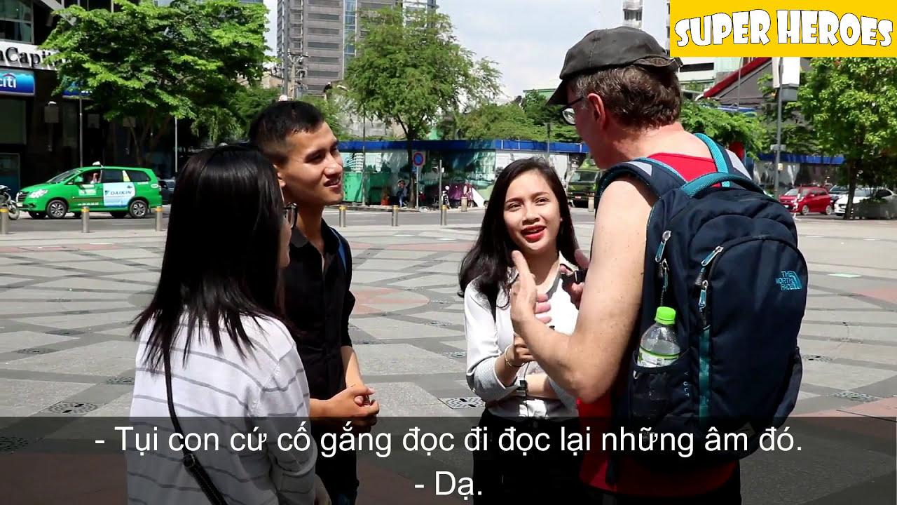Phỏng Vấn Người Nước Ngoài Về Việc Học Tiếng Anh Của Người Việt Nam
