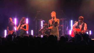 "Lady Antebellum: Cover Radiohead's ""High and Dry"" - London, August 11, 2010"