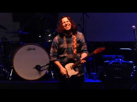 Davy Knowles - Garbage Man - 2/23/17 Tally Ho Theatre - Leesburg, VA