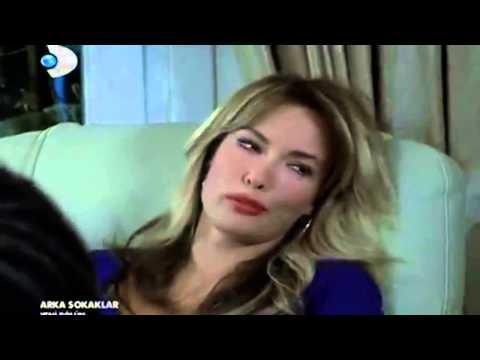 Arka Sokaklar    263.Bölüm    Zeynep, Murat'ı Sevdiğini Söylerse :)