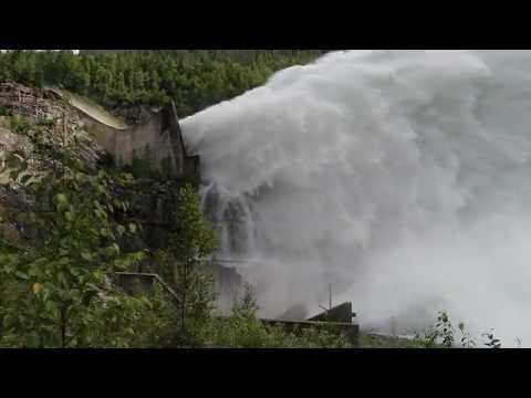 BC Hydro Mica Dam Test Spill 26 July 2012 base spillway