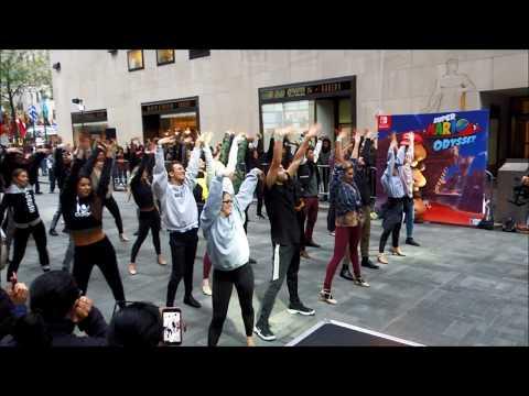 "Super Mario Odyssey ""Jump Up, Super Star!"" Dance at Nintendo NY"