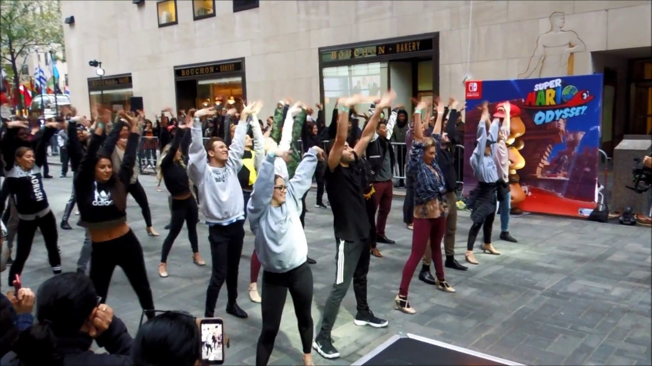 "Super Mario Odyssey ""Jump Up, Super Star!"" Dance at Nintendo NY"