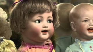 Do You Want to Buy or Sell An Antique Doll?