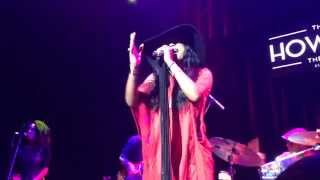 "Melanie Fiona (KILLING) ""Wrong Side of a Love Song"" Live"