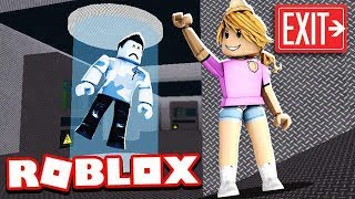 My LITTLE SISTER Let The BEAST Kill Me!! (Roblox Flee the Facility)