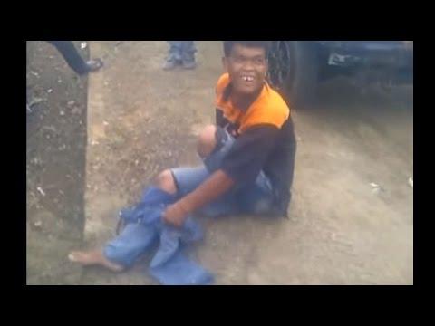 Pengemis Buntung ditangkap polisi dan Ketahuan Bohong
