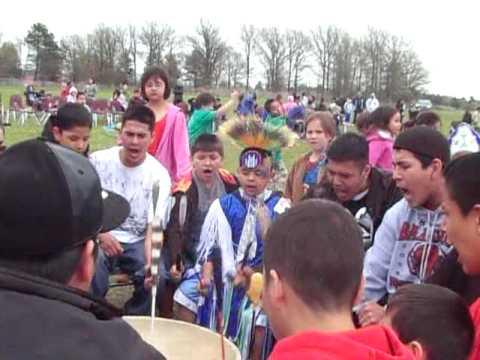 2009 Red Lake Elementary School Pow Wow V