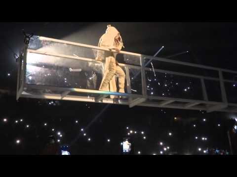Rihanna Woo Live Clip Anti World Tour