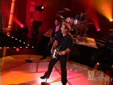 """Greg Kihn """"the Break Up Song"""" Live 2005"""