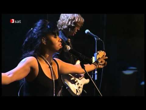 Brand New Heavies - Sometimes (Ummah Style) (Live in Leverkusener 2008)