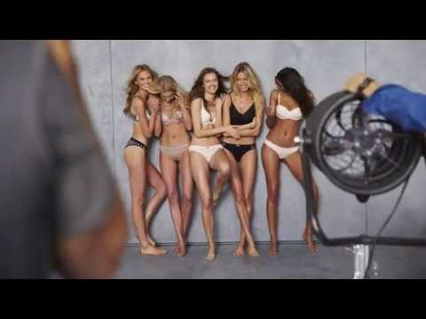 On the Set with Elsa, Jac, Romee, Martha & Lais from YouTube · Duration:  16 seconds
