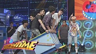 It's Showtime Cash-Ya: Team Vice on a wagon