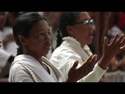 La messe du Père Pedro à Akamasoa - Madagascar