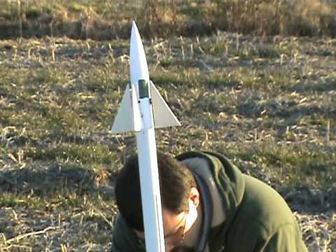 DIY Guided Missile (…err Model Rocket) | Hackaday