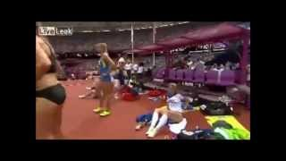 Eliska Klucinova changing underwear caught in the Olympics