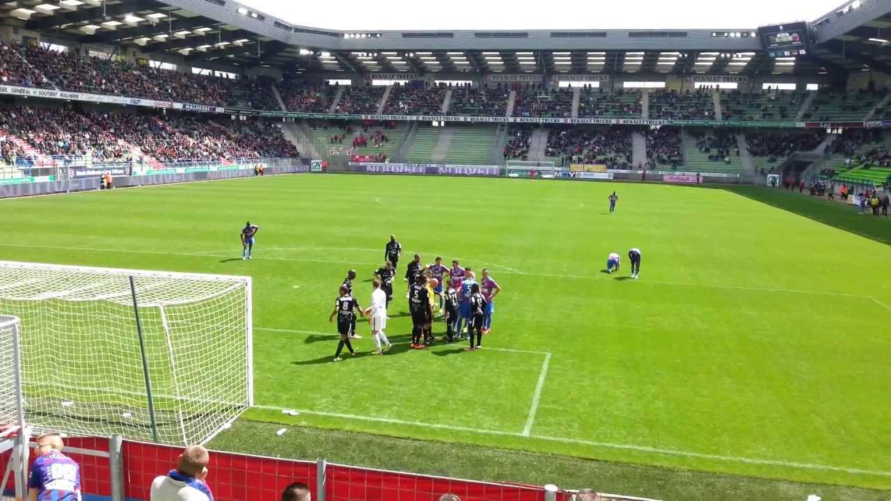 Caen Dijon Coup Franc Surface De Reparation 2 2 Youtube