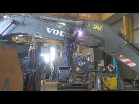 Welding Volvo Excavator Big Crack