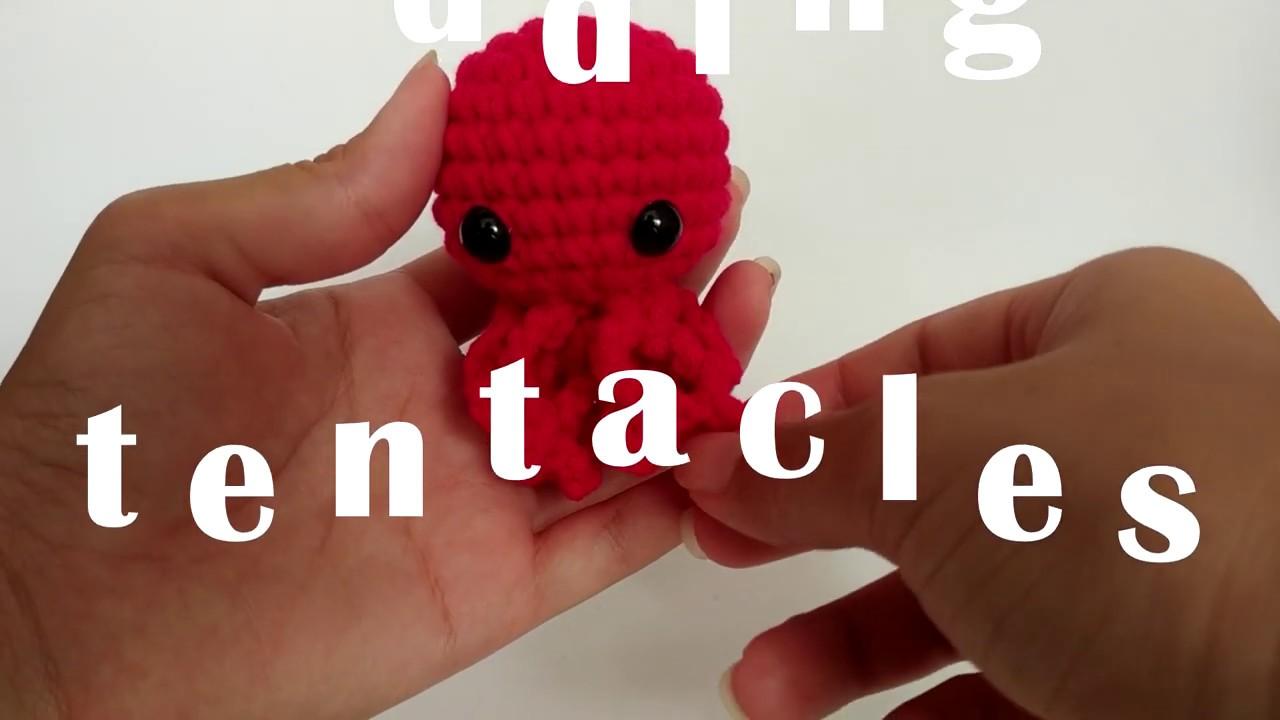 Six almost ready-to-go crochet jellyfish - Crochetbug   720x1280