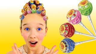 Emi and Niki Pretend Play with Hairstyle Chupa Chups Lollipops