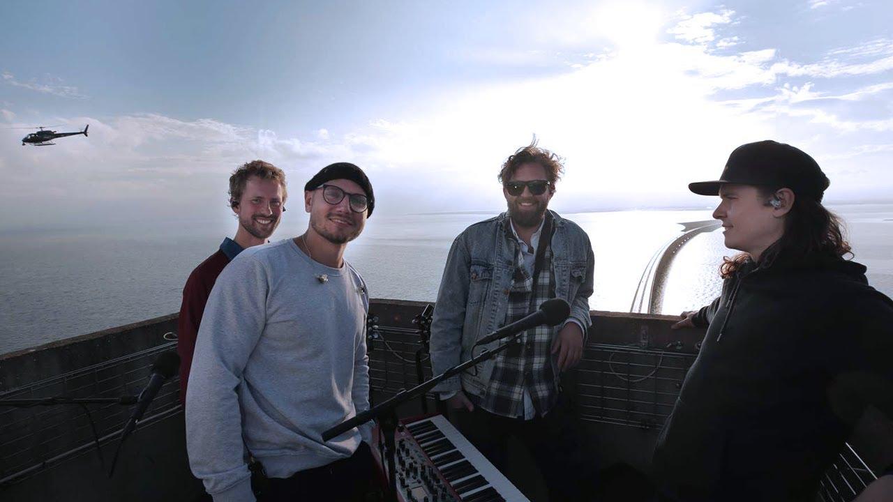 "Download Lukas Graham live från toppen av Øresundsbron | 20-årsjubileum | ""Love Someone"", ""Lie"", ""Mama Said"""