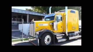 Tractocamion Kenworth W900 Amarillo