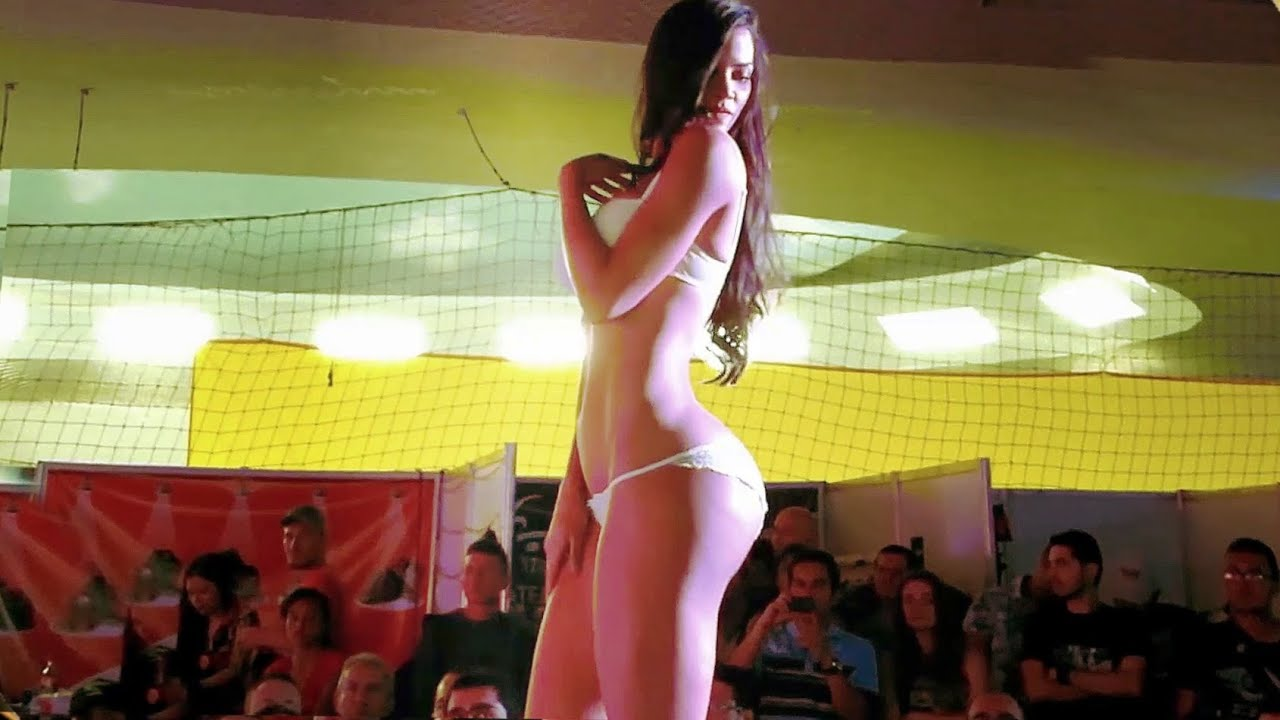Super Sensual Colombian Models! - Besame Lingerie Parade Show 2015 - Colombia, Medellin, Lenceria