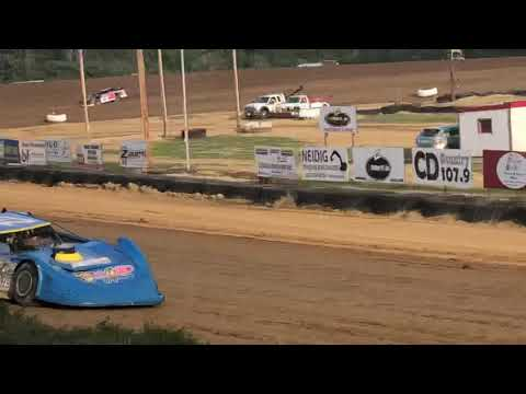 Michael Marden and Billy Knippenberg qualifying spoon River Speedway