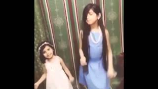 أجمل رقص بنات صغار على أنشودة