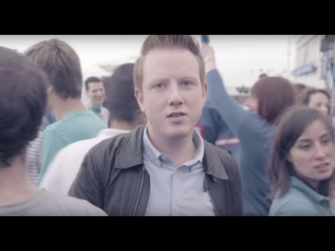 preview TWO DOOR CINEMA CLUB - SUN from youtube