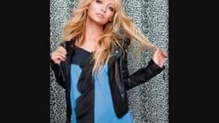 Nicole Richie-style icon