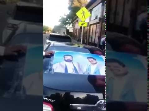 ردة فعل مغتربين يمنيين حين شاهدوا صورة زعيم أنصار الله على سيارة أحدهم في أمريكا