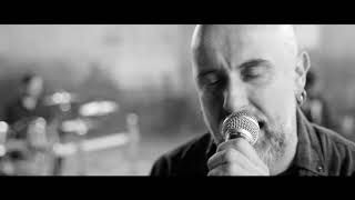 Miniatura do vídeo WHITE STONES - Chain Of Command (OFFICIAL MUSIC VIDEO)