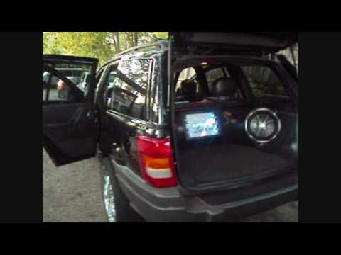 Custom Sound System With Fiberglass Panels On The 2002 Grand Cherokee- Type X Alpine, CVX Kicker