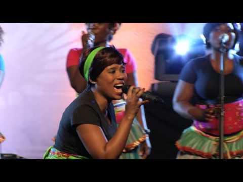 Worship House feat. Mmakwena Nkosi - Sidlulisi Ukubonga(Live) (Official Video)
