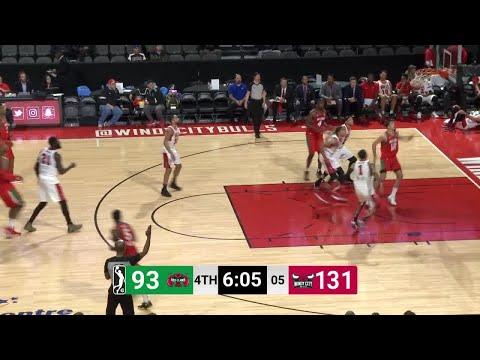 Jonathan Holmes Posts 14 points & 10 rebounds vs. Windy City Bulls