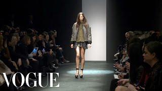 No. 21 Ready to Wear Fall 2012 Vogue Fashion Week Runway Show