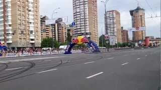 Red Bull Парад Чемпионов Даниель Риккардо NASCAR 19.05.2012 Киев