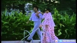 Andhi Mazhai Pozhigirathu HD Song