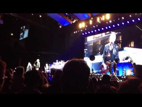 Fleetwood Mac - Go Your Own Way - The Hydro 3/10/13