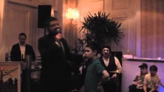 Benny Friedman Sings With Kid 'Vehi Sheamda'