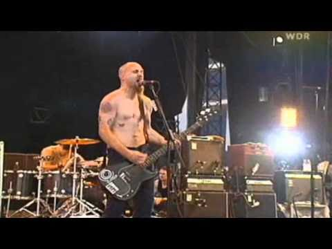 Queens of the Stone Age - Quick and to the Pointless (Rock AM Ring 2003) HD
