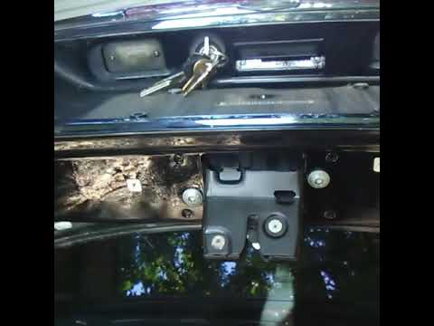 Trunk wont open with key