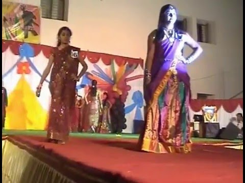 Indian Fashion Show By College Student Desi Style College Girls On Saree And Ramp Walk Youtube