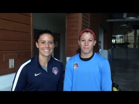 Ali Krieger and stephanie labbe